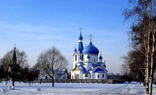 средняя зарплата ленинградской области в 2018